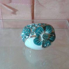 Shop for ring on Etsy, the place to express your creativity through the buying and selling of handmade and vintage goods. Decorative Bowls, Swarovski Crystals, My Etsy Shop, Kawaii, Rings, Check, Creative, Handmade, Vintage