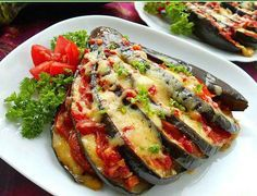Vegetarianism — Vegetarian recipes Eggplant baked with tomatoes Vegetable Side Dishes, Vegetable Recipes, Vegetarian Recipes, Cooking Recipes, Mozzarella, Cauliflower Vegetable, Zucchini Aubergine, Lunches And Dinners, Meals