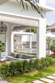Villa JOJU- THE PERFECT FAMILY VILLA | Bali Interiors Exterior Design, Interior And Exterior, Extension Veranda, Casa Loft, Outdoor Areas, Outdoor Entertaining, Architecture, My Dream Home, Future House