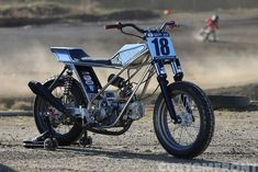 Custom flat track motorcycle by Garafe Duck Tail   Based on Lifan 150 cc engine   one-off frame, swing arm & body work   Built for the Have Fun challenge, 2018   Japan   via CustomFront.jp