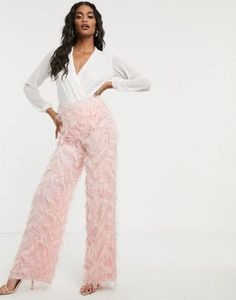 Buy Missguided feather look wide leg trousers in pink at ASOS. With free delivery and return options (Ts&Cs apply), online shopping has never been so easy. Get the latest trends with ASOS now. Pink Fashion, Fashion 2020, Fringe Pants, Vinyl Leggings, Vinyl Dress, Fashion To Figure, Wide Leg Trousers, Missguided, Party Wear