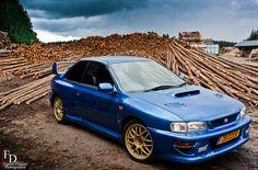 Subaru Impreza 22B STi shot by Fabien Dupont on flickr