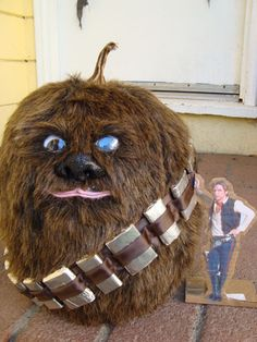 Chewbacca Pumpkin craft by The Official Star Wars, via Flickr