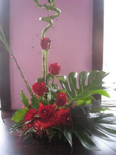 Valentine Floral Arrangements | Related to Valentine's Day Flowers | Valentine Flower Arrangements