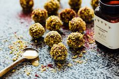 Blackcurrant, manuka and lemon honey bliss balls – Recipes – Bite