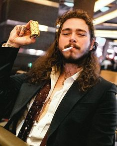 """Post Malone's """"rockstar"""" is the number one song on the Billboard Hot 100 Post Malone Lyrics, Post Malone Quotes, American Music Awards, Love Post, Celebs, Celebrities, Pop Culture, Rapper, Beautiful People"""
