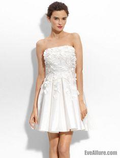 Elegant A-line Strapless White Dress for Wedding Reception US$139.99