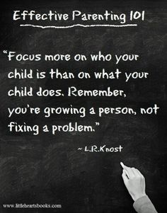 Amazing Quotes – 32 Pics Effective parenting 101 focus more on who your child is. Gentle Parenting, Parenting Quotes, Parenting Advice, Kids And Parenting, Parenting Classes, Peaceful Parenting, Foster Parenting, Inspirierender Text, Quotes To Live By