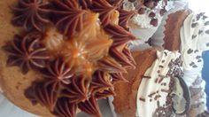 CUPCAKES DE CHOCOLATE CON AREQUIPE