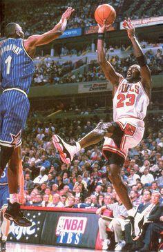 Michael Jordan Gets One Up Over Penny Hardaway 1998