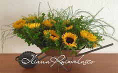 Carreta de girasoles  diseños florales Iliana Ruiz Velasco
