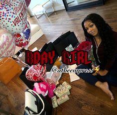 Bday Girl, Mom Birthday Gift, Dream Life, Birthdays, Posters, Photoshoot, Gift Ideas, Halloween, Random