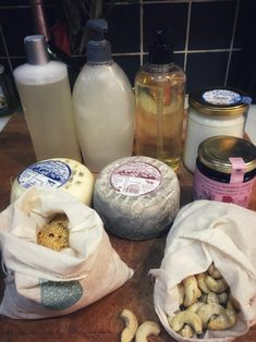 zero waste shopping at my local dairy shop and bulk store for bath products #zerowaste