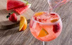 Enjoy a glass or two of the Watermelon Moscato Sangria cocktail at Olive Garden. Olive Garden Moscato, Olive Garden Sangria Recipe, Olive Garden Recipes, Moscato Sangria, Sangria Drink, Sangria Cocktail, Cocktails, Watermelon Syrup, Watermelon Sangria