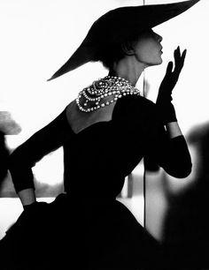 Barbara Mullen by Lillian Bassman for Harper's Bazaar 1958