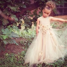 Your #flowergirl just might steal the show in this @mischkaaoki #dress! So pretty.