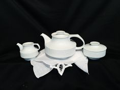 Thomas Arcta White (a division of Rosenthal) Teapot, Creamer & Covered Sugar Bowl. #teatime #teatimetuesday #teapot