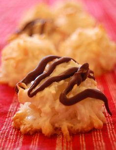 A super-easy recipe for Coconut Almond Macaroons from Happy Simple Living - crunchy, chewy, sweet, salty - yum!