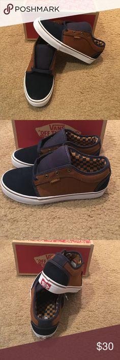Vans Herringbone Chukka Low Sneakers New in box. Navy/Tobacco Vans Shoes Sneakers