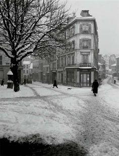 Ménilmontant sous la Neige, 1958     by René Jacques