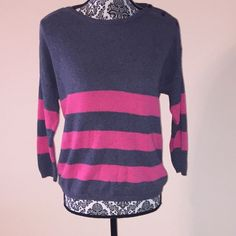 Gap Sweater with a 3/4 sleeves Gap Sweater with a 3/4 sleeves and shoulder with button closure. GAP Sweaters Crew & Scoop Necks