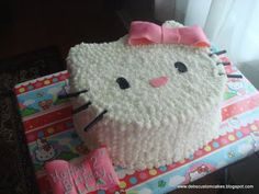 How To Make Your Own Hello Kitty Cake