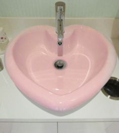 Oh yes, Love that pink! Really fun.a pink heart shaped sink!Perfect for a girl's bathroom or maybe a pink and silver powder room! Pink Love, Pretty In Pink, Perfect Pink, Pale Pink, Pink White, Purple, Kitsch, Heart Sink, Lizzie Hearts