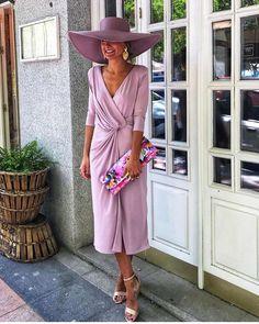 Looks de invitada geniales de 🌿🌸 Knot Dress, The Dress, Moda Madrid, Munier, Church Ceremony, Mode Vintage, Chic Wedding, Mother Of The Bride, Looks Great