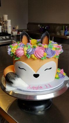 Boho Fox Cake - food, food, and more food - Gateau Pretty Cakes, Cute Cakes, Bon Dessert, Dessert Recipes, Cake Cookies, Cupcake Cakes, Cake Fondant, Fun Cupcakes, Fox Cake