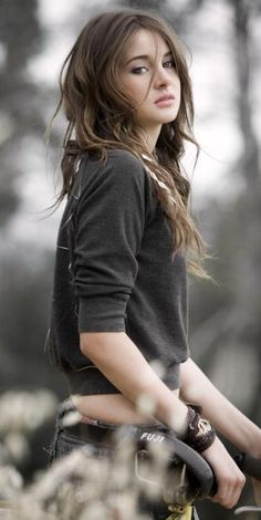 Shailene Woodley ♥                                                                                                                                                                                 Mehr