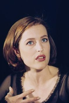 1997-05 - Press Conference for Extremis Single - 1997-05 28129 - Gillian Anderson Fan Gallery