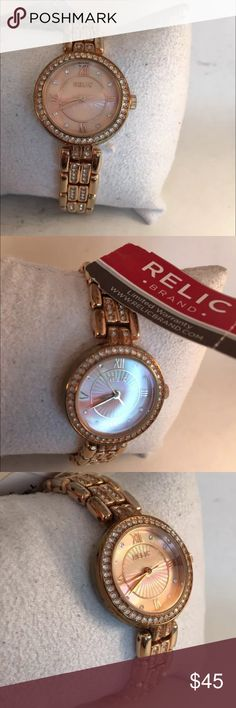 WOMEN'S RELIC BY FOSSIL ANALOG DRESS WATCH Relic Women's ZR34341 Haven Analog Display Analog Quartz Rose Gold Watch-H45  WOMEN'S RELIC BY FOSSIL ANALOG DRESS WATCH * ROSE GOLD TONE LINK BRACELET * PULL UP, FOLD OVER CLASP * ROUND, CRYSTAL ACCENTED BEZEL * ROSE GOLD DIAL * GENUINE, TESTED, WORKING Fossil Accessories Watches