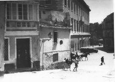 + -  1950  Aduana...