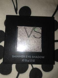 """NEW! RETIRED VS Victoria Secret Shimmer Eye Shadow """"Name in Lights"""""""