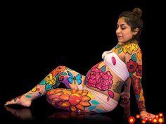 A los 8 meses de embarazo Jocelyn transformó su cuerpo en una obra de arte https://instagram.com/babytuto