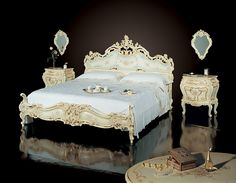 Venetian Baroque Style bedroom Ivory laquered and gold leaf, handpainted by F.lli Radice