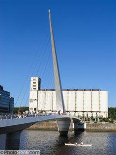 Santiago Calatrava - Puente de la Mujer - Buenos Aires Argentina - 1998-2001