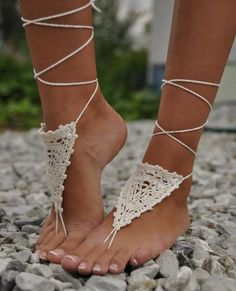 Ivory Crochet Bridal Barefoot Sandal Feet Jewelry.Great for beach wedding summer slave sandals foot jewelry resort wear, nude shoes, Foot jewelry, Bridal, Lace, Sexy, Yoga, Anklet /$15.99
