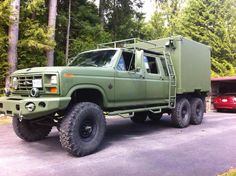 90's Ford F350 this is one go anywhere Overlander