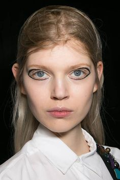 See all the makeup looks from NY, Paris, London and Milan Fashion Weeks in one place! DKNY AW15 IT