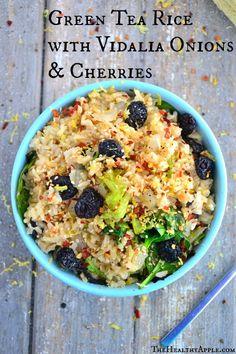 Green Tea Rice with Vidalia Onions & Cherries from Valk Chuah Healthy Apple looks YUM! Vegetarian Rice Recipes, Vegan Recipes, Uk Recipes, Popular Recipes, Easy Recipes, Clean Eating, Healthy Eating, Healthy Food, Vidalia Onions