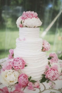 pink peony wedding cake - simple  beautiful!