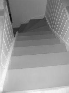 Fruen fra Trondheim: Oppussing av trapp - (nesten) ferdig! Trondheim, Nest, Stairs, Diy, Home Decor, Nest Box, Ladders, Homemade Home Decor, Bricolage