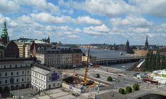 HC Helsinki Summer 2015 at a Glance Her Campus, Sneaks Up, At A Glance, Shades Of Yellow, Helsinki, Summer 2015, Paris Skyline, Louvre, Dressing