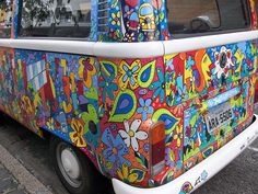 My dream car! One day i will owe a kombi and paint it like this