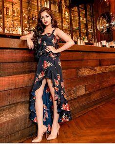 Tik Tok Jannat Zubair in Latest Fashion Dresses Cute Girl Photo, Girl Photo Poses, Girl Photos, Stylish Girl Images, Stylish Girl Pic, Latest Fashion Dresses, Fashion Outfits, Vogue, Vacation Dresses