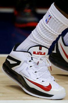 LeBron James Wears LeBron 11 Low PE in Practive