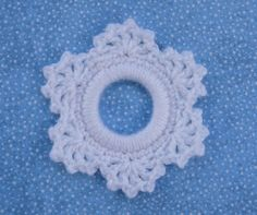 Whiskers & Wool: Lacy Snowflake Ring Ornament #christmas #crochet #pattern