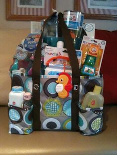 Baby shower gift with the Organizing Utility Tote