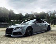 Custom widebody Audi R7